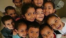 Günümüzde ÇocuklarımızıPisikolojik ve Fiziksel Olarak SağlıklıNasılYetiştirilebilir?