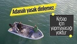 Adana'da 3 arkadaş teknede mangal yaktı