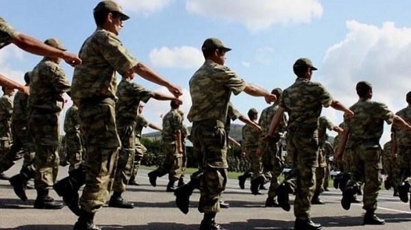 Üniversite Mezunları Askerliği Ne Kadar Tecil Ettirebilir